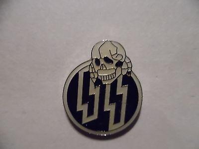 Vintage Lightning Bolts Skull Biker Hat Lapel Vest Pin Enamel - Free Shipping !