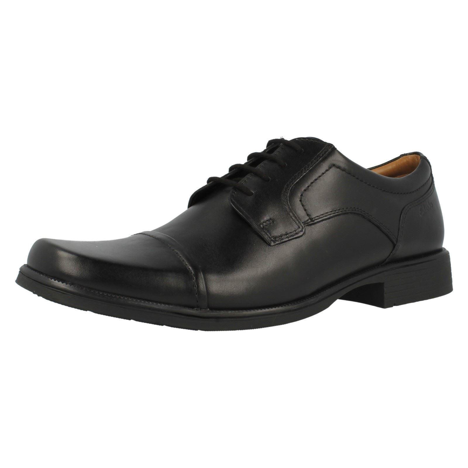 Herren Clarks Huckley Kappe Schwarzes Leder Elegant Oxford Schnürschuhe