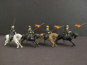 W-BRITAINS-4-Horsemen-Lancers-Old-Toy-Soldier-27