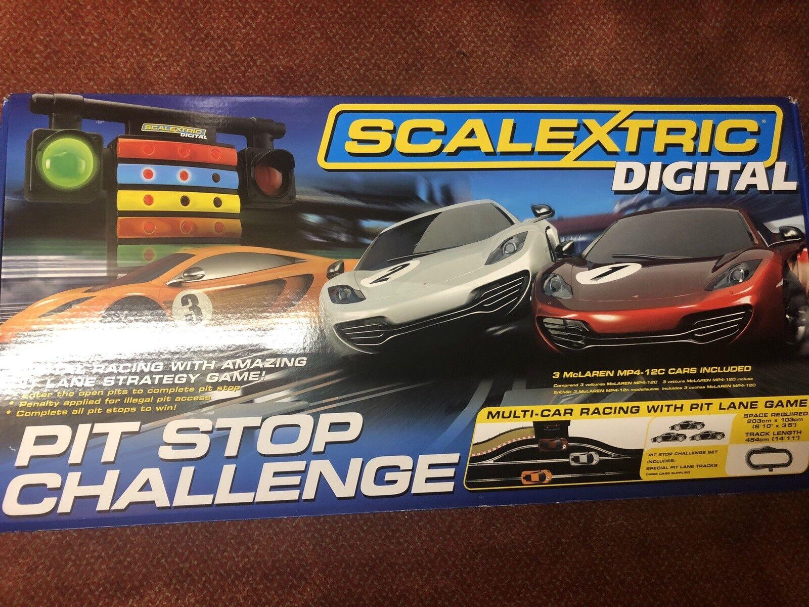 Scalextric-C1296-Digital McLaren parada desafío-muy Poco Uso