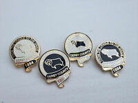 Derby County 'From the Cradle to the Grave' Gilt Pin Badge - Football Badge