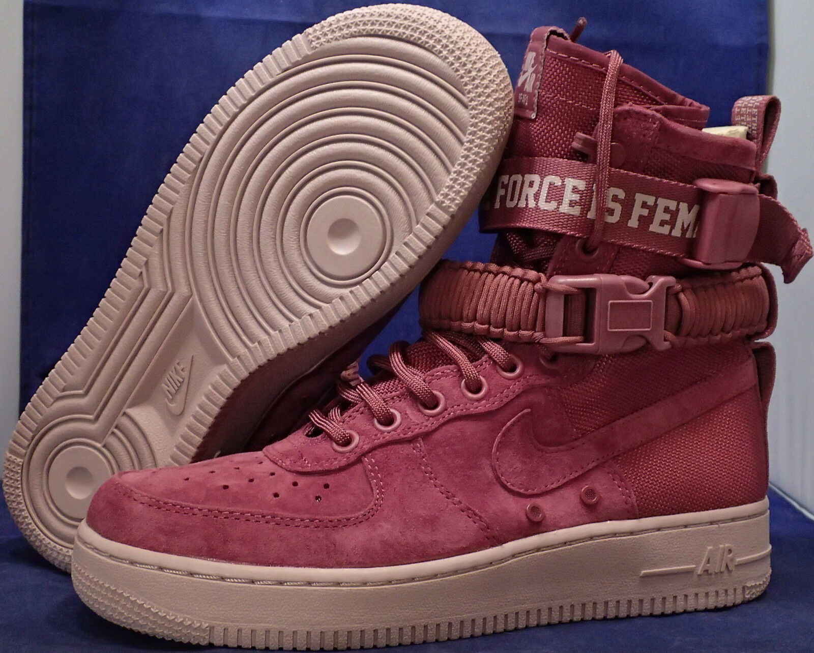 donna Nike SF Air Force 1 The Force is Female Female Female Vintage Wine SZ 7.5 (AJ1700-600) 783158