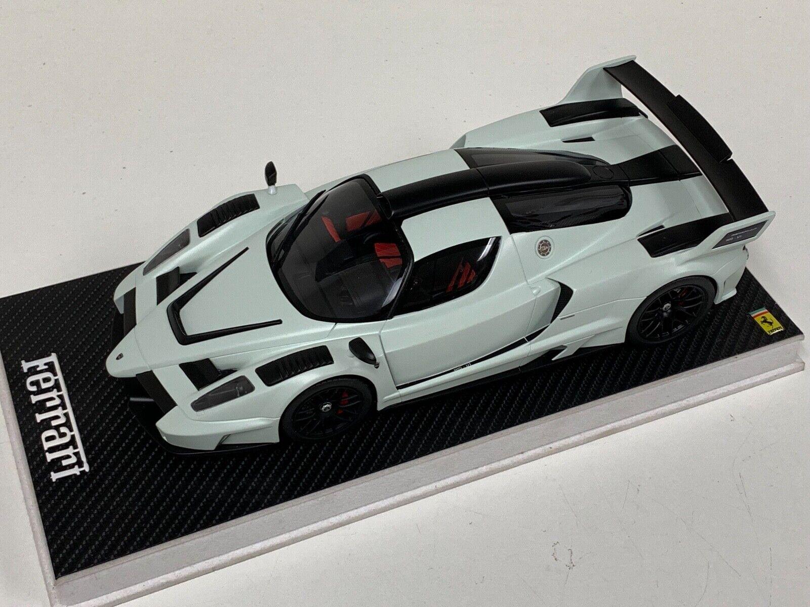 risparmia fino al 70% 1 18 GT Spirit Ferrari Enzo Gembella MIG-U1 MIG-U1 MIG-U1 in bianca  GT169 Leather Base  forniamo il meglio