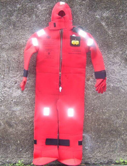 Immersion Suit      model I590