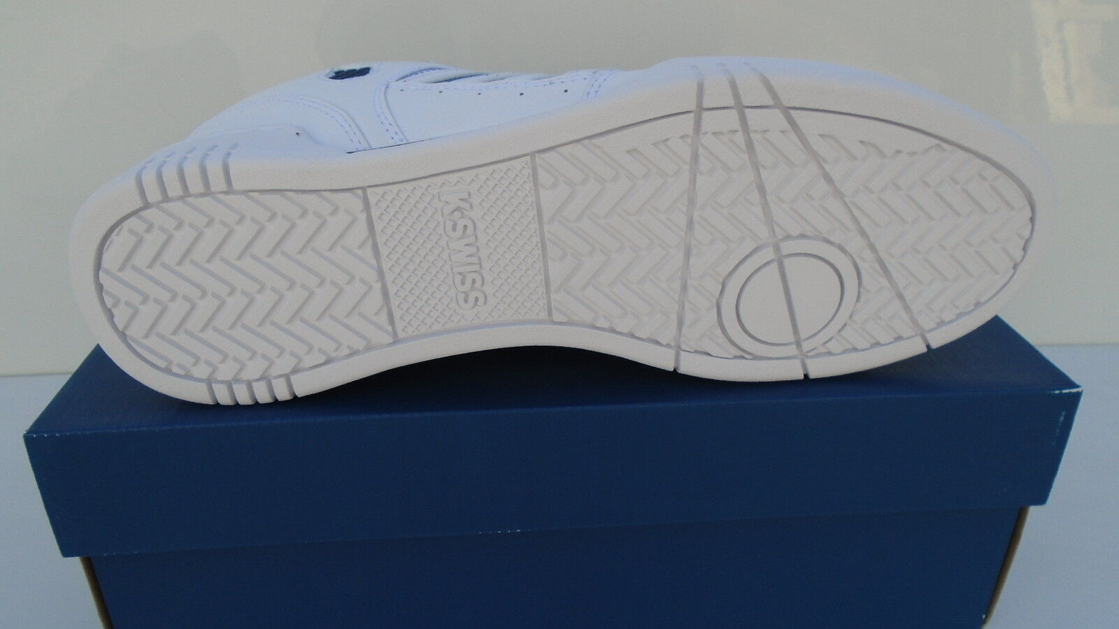 K-Swiss Chaussures Hommes Blanc Avery Médecin Cuir Avery Blanc Sneaker Chaussures De Sport Taille 39 40 NOUVEAU 595293