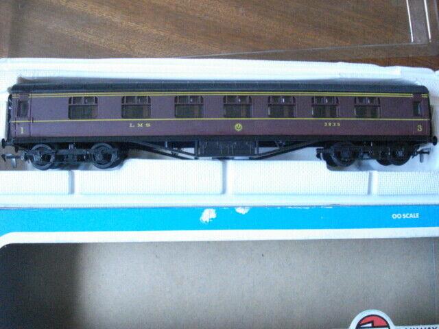 LMS 60' Composite Corridor coach Maroon r/n 3935 boxed Superb model 54202-1