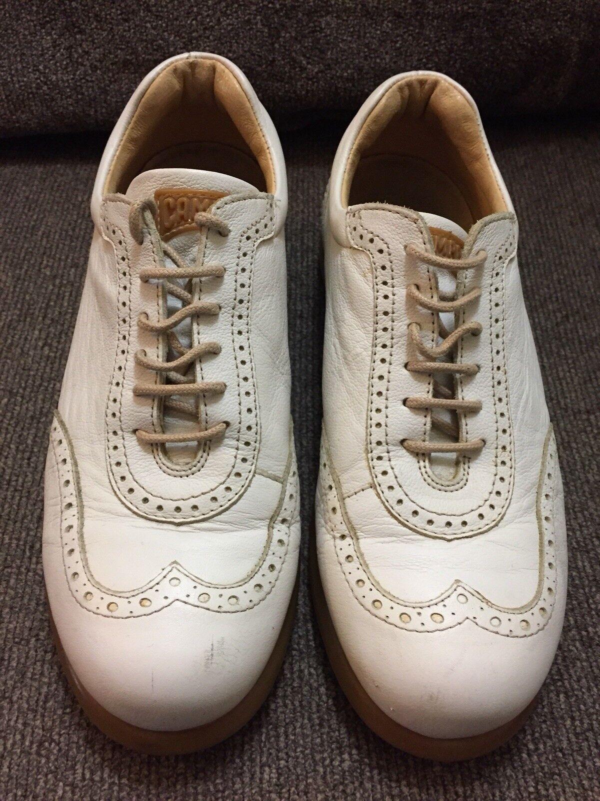 Camper 100% Damens Off Weiß Lace Up Up Up Wingtip Schuhes Größe 38 Us 7 6c8f02