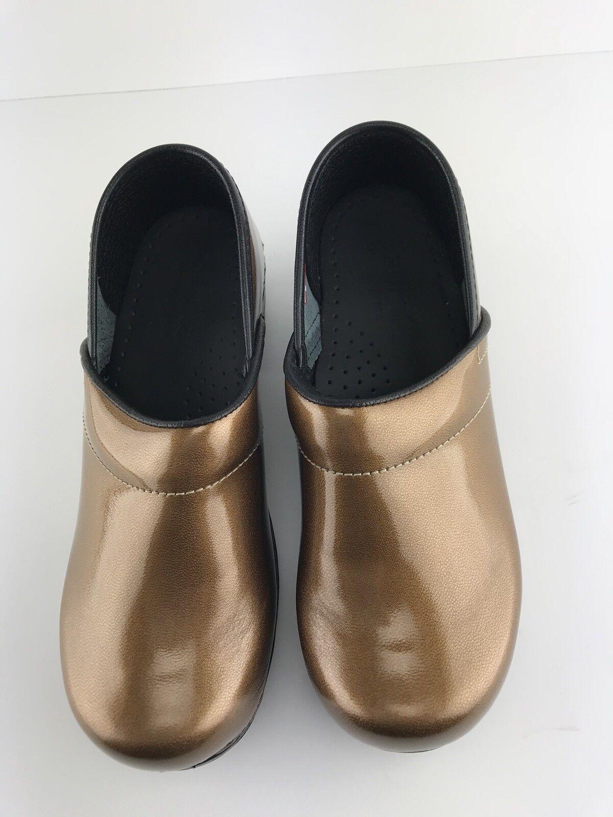 New New New Womens Sanita Professional gold Metallic Clogs Size 6 36 2c2199