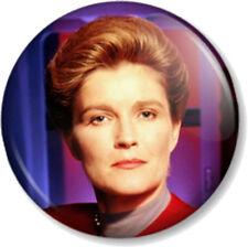 "Captain Kathryn Janeway (2) Star Trek Voyager 1"" 25mm Pin Button Badge TV Sci-Fi"