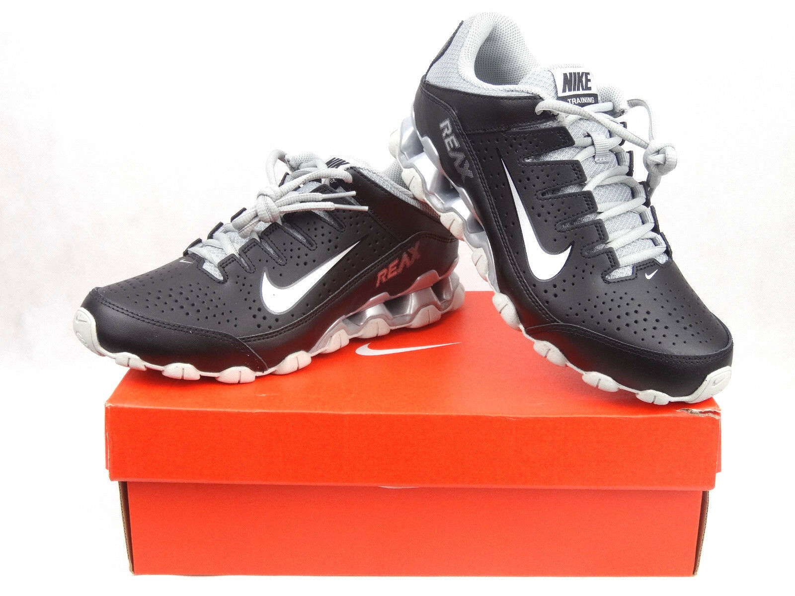 Nike Reax 8 tr Men's trainer size shoes Black White
