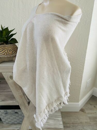 Lilly Pulitzer Harp Cashmere Wrap