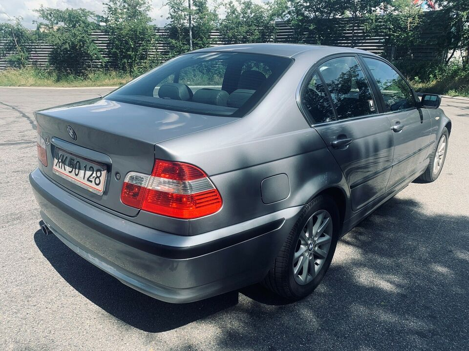 BMW 316i, 1,8 Lifestyle, Benzin