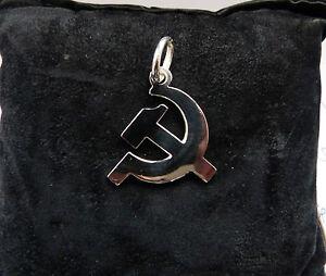 ciondolo-a-forma-di-FALCE-E-MARTELLO-comunismo-in-ARGENTO-925-sterling-silver