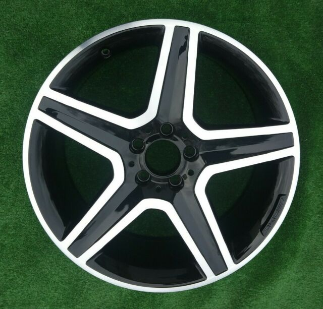 "Genuine AMG MERCEDES GLA Class X156 19"" 8j X 19h2 Alloy"