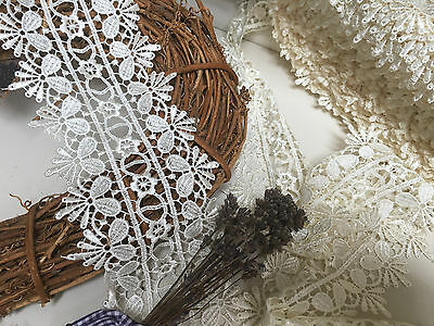 "3 Metres x 15mm//5//8/"" Pretty Flower Chain Guipure Lace Trim *FREE 1ST CLASS POST*"