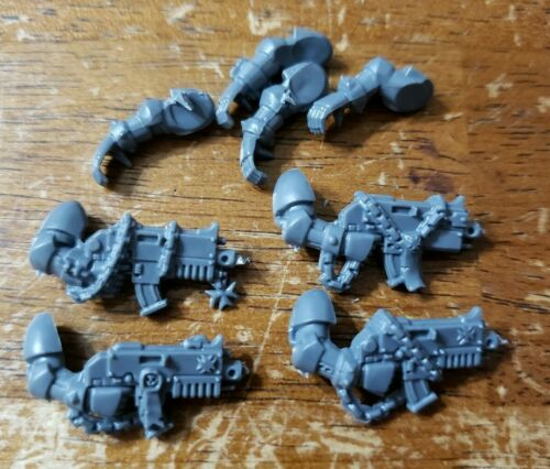 Black Templar Engraved Bolters w//Arms x4 Warhammer 40k Space Marine Bits