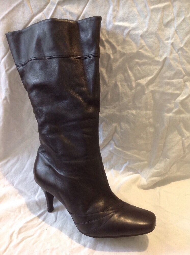 E. Black Mid Calf Leather Boots Size 8