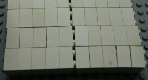 50x LEGO White Bricks 2X2 average-fair #Y11-15 quality