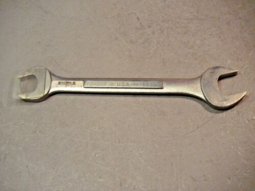 """Craftsman VV 44586 Double Open End Wrench 1-1//16/"""" x 1-1//8/"""" Forged in USA"""