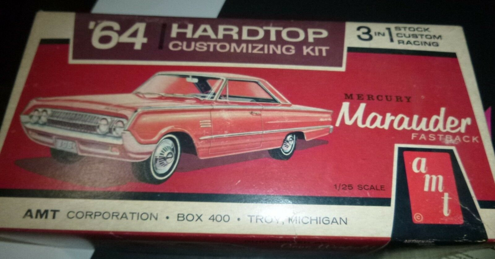 AMT 6324 1964 MERCURY MARAUDER ANNUAL HARDTOP 1 26 MODEL CAR MOUNTAIN