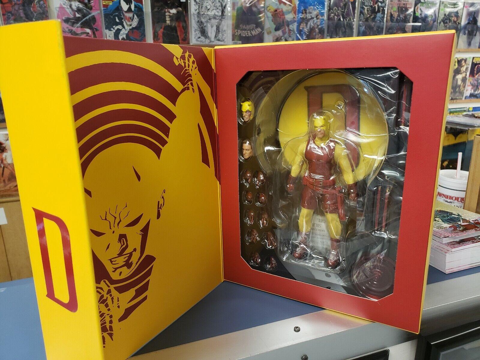 Mezco 1 12 Collective Daredevil New in Box