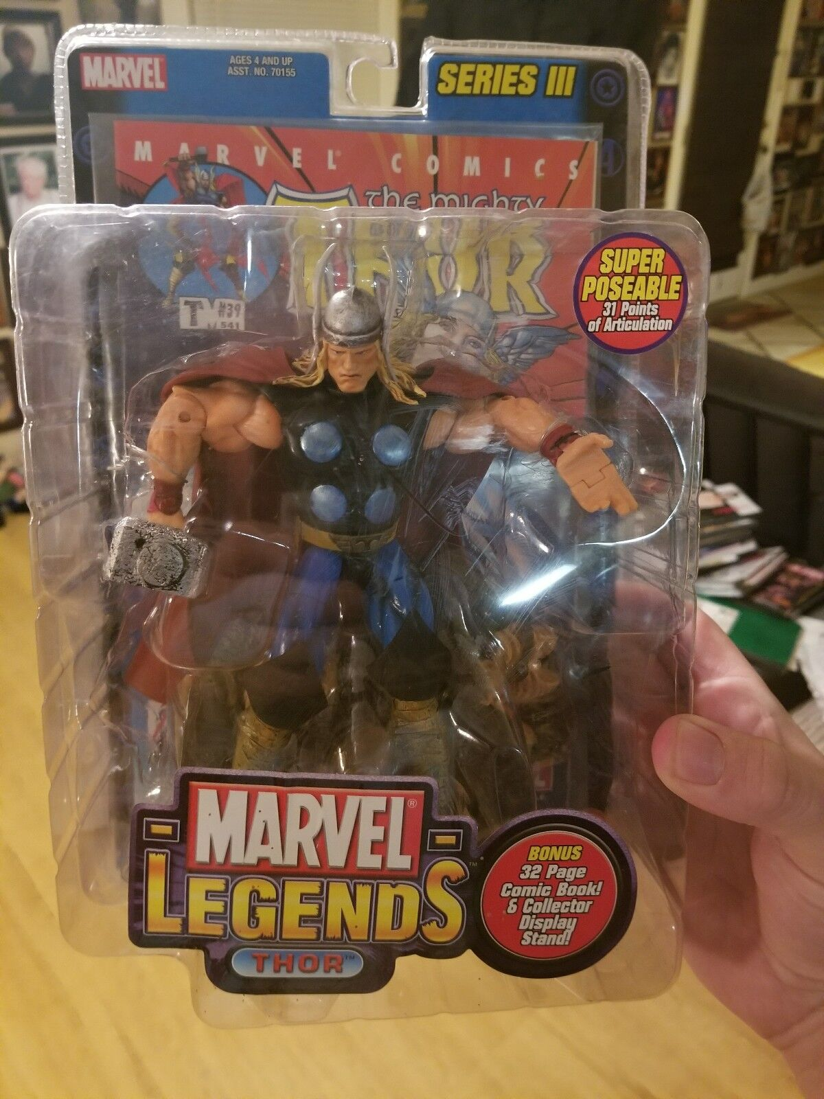 Marvel Legends Toy Biz Series 3 THOR Action Figure w Comic Toybiz Avengers