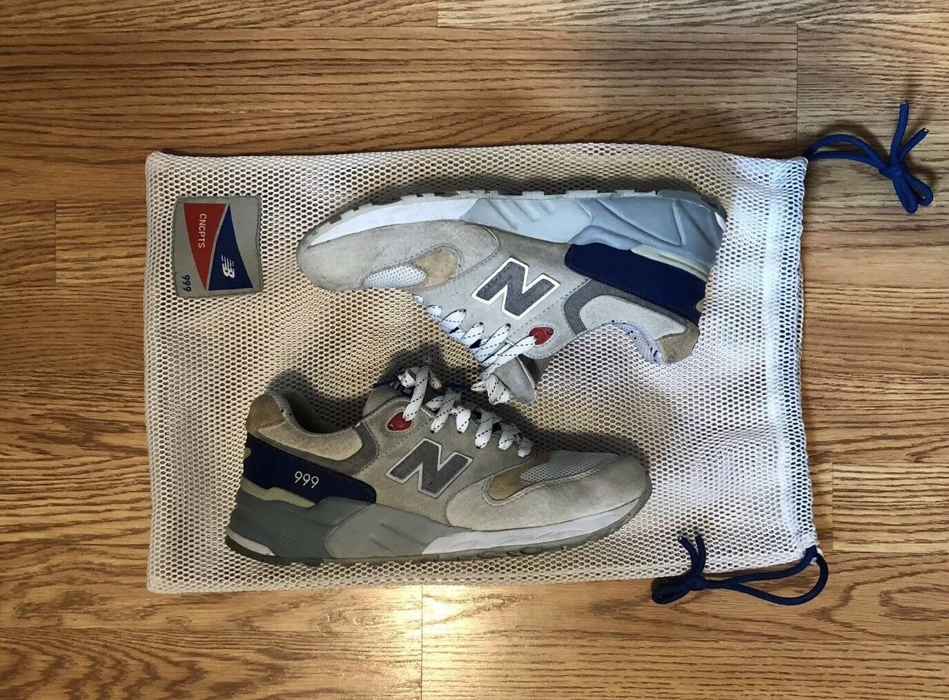 NEW BALANCE X CONCEPTS 2009 KENNEDY SAMPLE SIZE 9 PRE OWNED CNCPTS HYANNIS