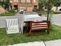 2 beds and a baby crib for free
