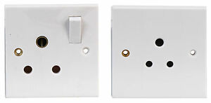 PRO ELEC 5A Unswitched Or 15A Switched Wall