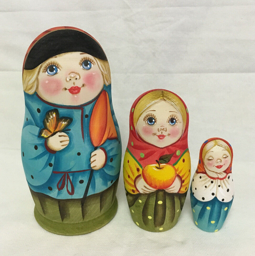 Matryoshka Russian Wooden Nesting Dolls - 3 Pieces Unique Farbeing Set  11