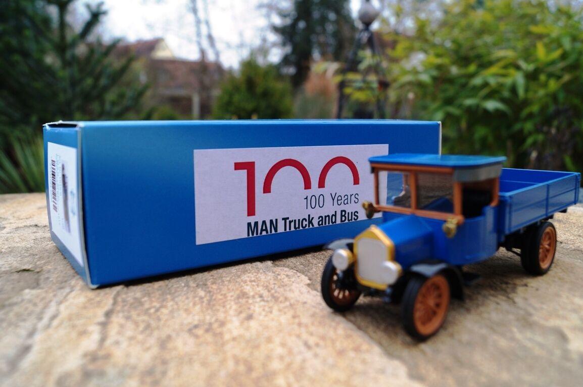 Conrad on acide Camion DE 1915  100 ans on Camion & Bus  Nouveau Neuf dans sa boîte