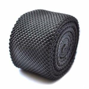 einfarbig-dunkelgrau-Skinny-gestrickt-Krawatte-mit-flache-Ende-von