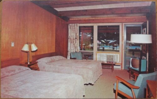 1960 Chrome Motel Interior PC wTV Alexandria Bay, NY