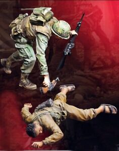 1-35-Resin-Nam-War-US-Soldier-amp-Dead-Enemy-unpainted-unassembled-BL946