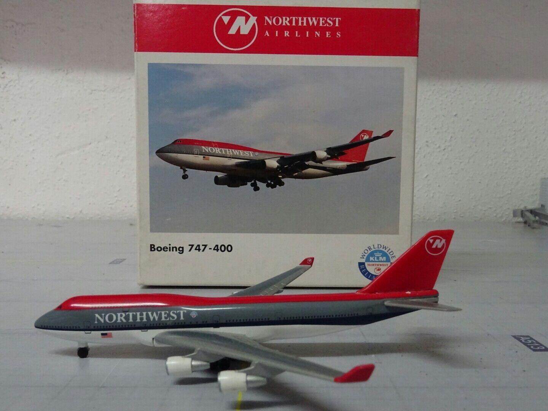 Northwest Airlines Boeing 747-400 1 500 Herpa