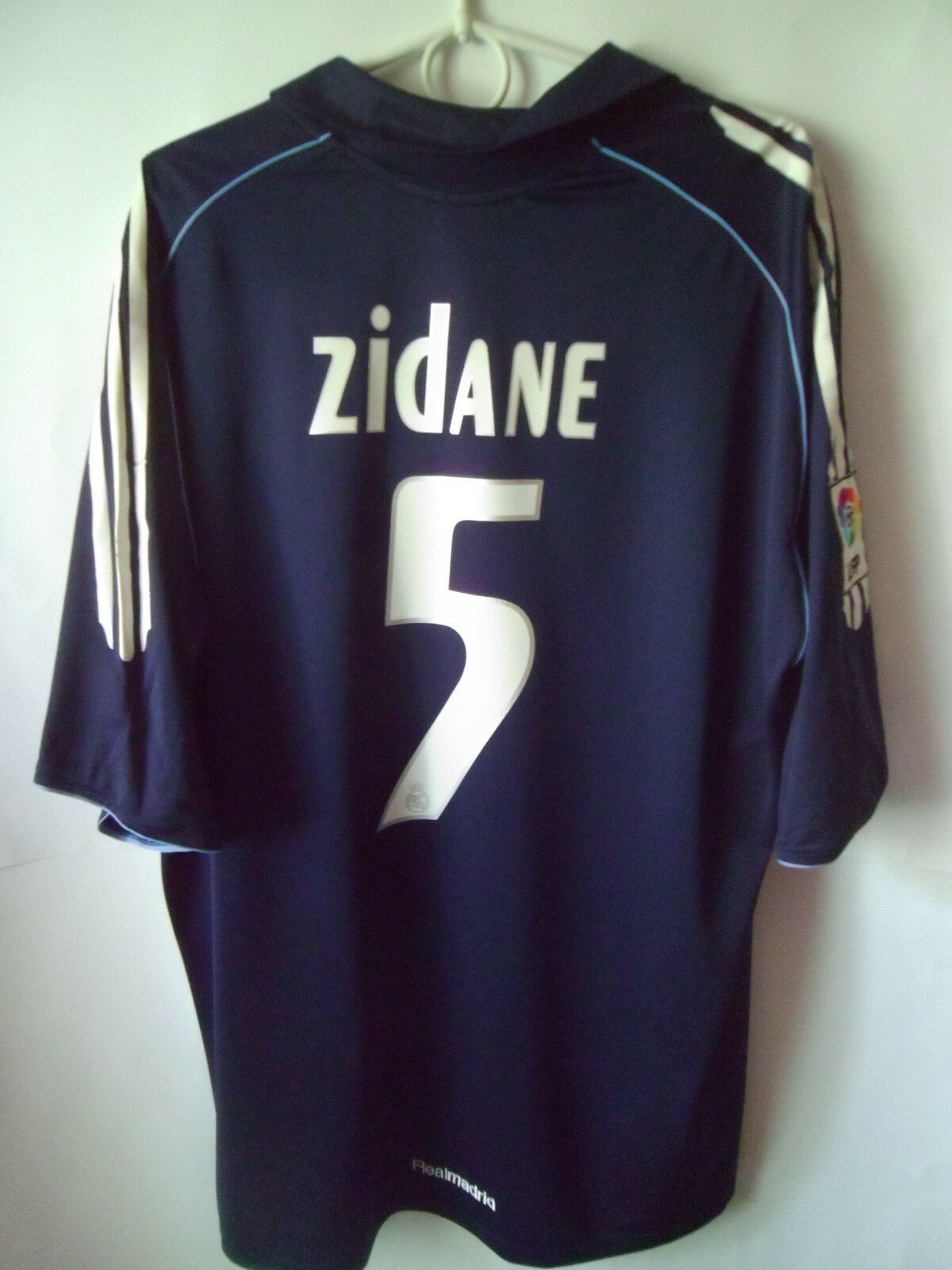 VERY RARE   ZIDANE    2005-06 Real Madrid Away Shirt Jersey Trikot XL