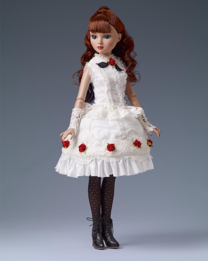 Beautiful Top Tier Ellowyne Wilde doll NRFB Tonner LE 125