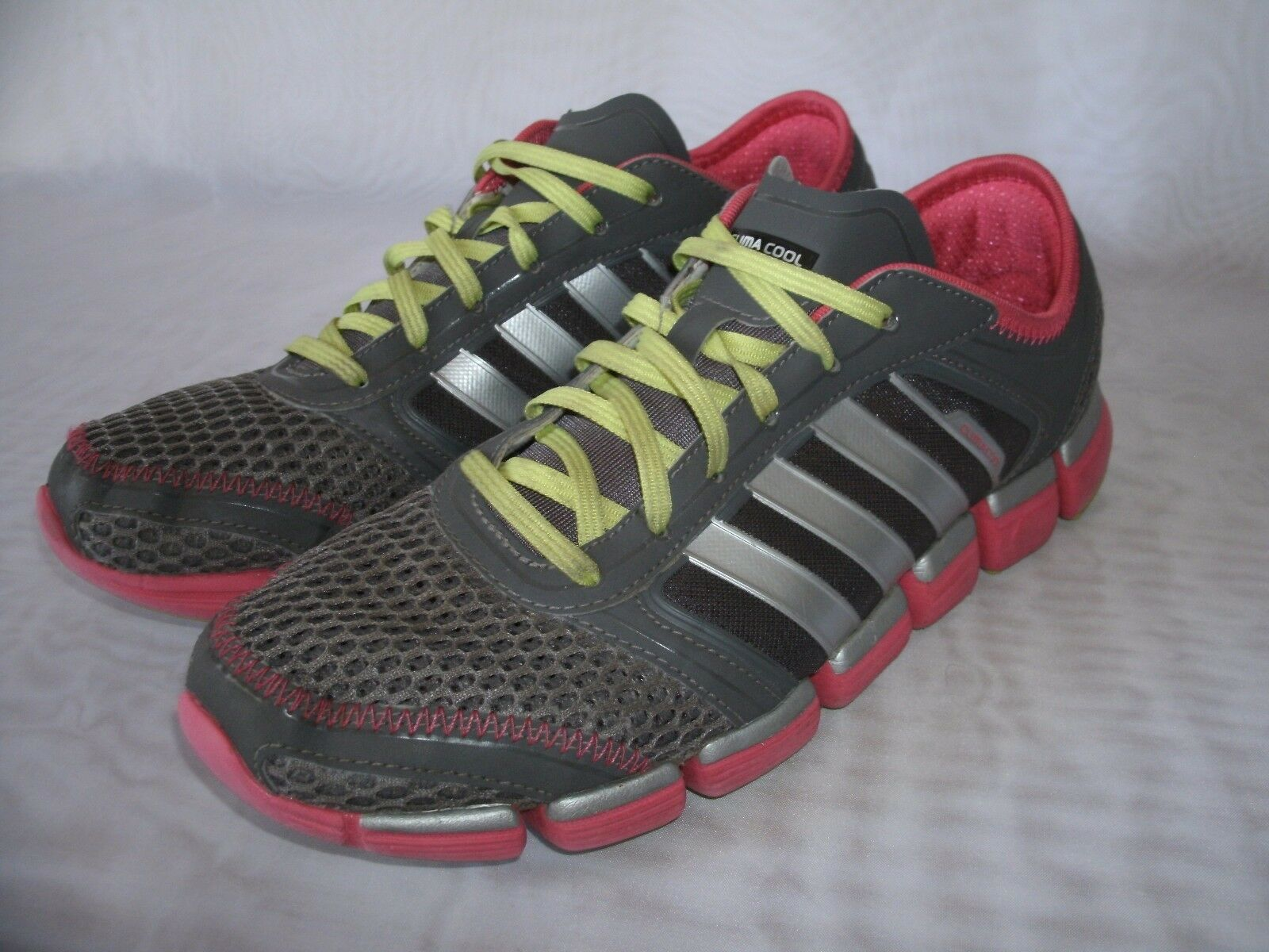 ADIDAS CLIMACOOL ATHLETIC TRAINER RUNNING SHOES / SIZE US 10 / WOMEN'S