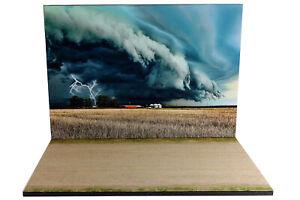 Diorama-Tornade-dans-le-Midwest-1-24eme-24-2-E-E-016