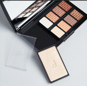 Doucce Freematic Eye Shadow and Highlighter Pro Palette in