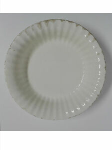 MANISES Antigua fuente de porcelana Agallonada y sellada C.B. MANISES 1900 circa