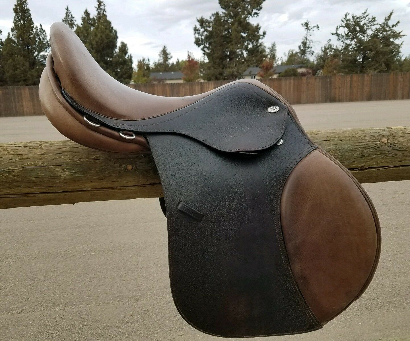 Smith and Worthington Mystic AP All-Purpose  English Saddle, 17.5 Seat Wide Tree  outlet factory shop