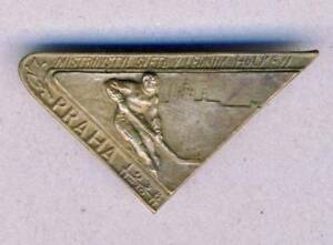 1938-Ice-HOCKEY-WORLD-Championships-PIN-Badge-XXL-very-Rare-PRAGUE
