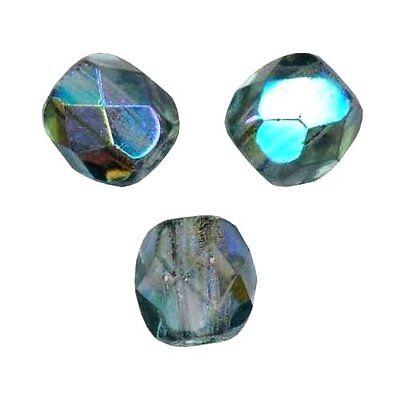 Lot de 50 perles à FACETTES 4mm en Cristal de Bohème Vert AB