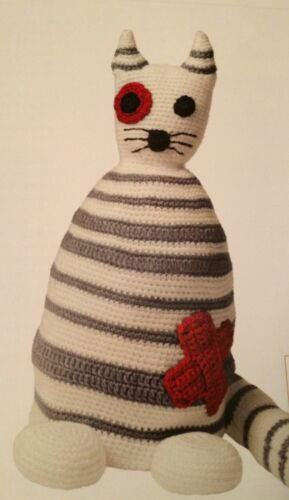 Stripy Toy Cat Easy Crochet Pattern