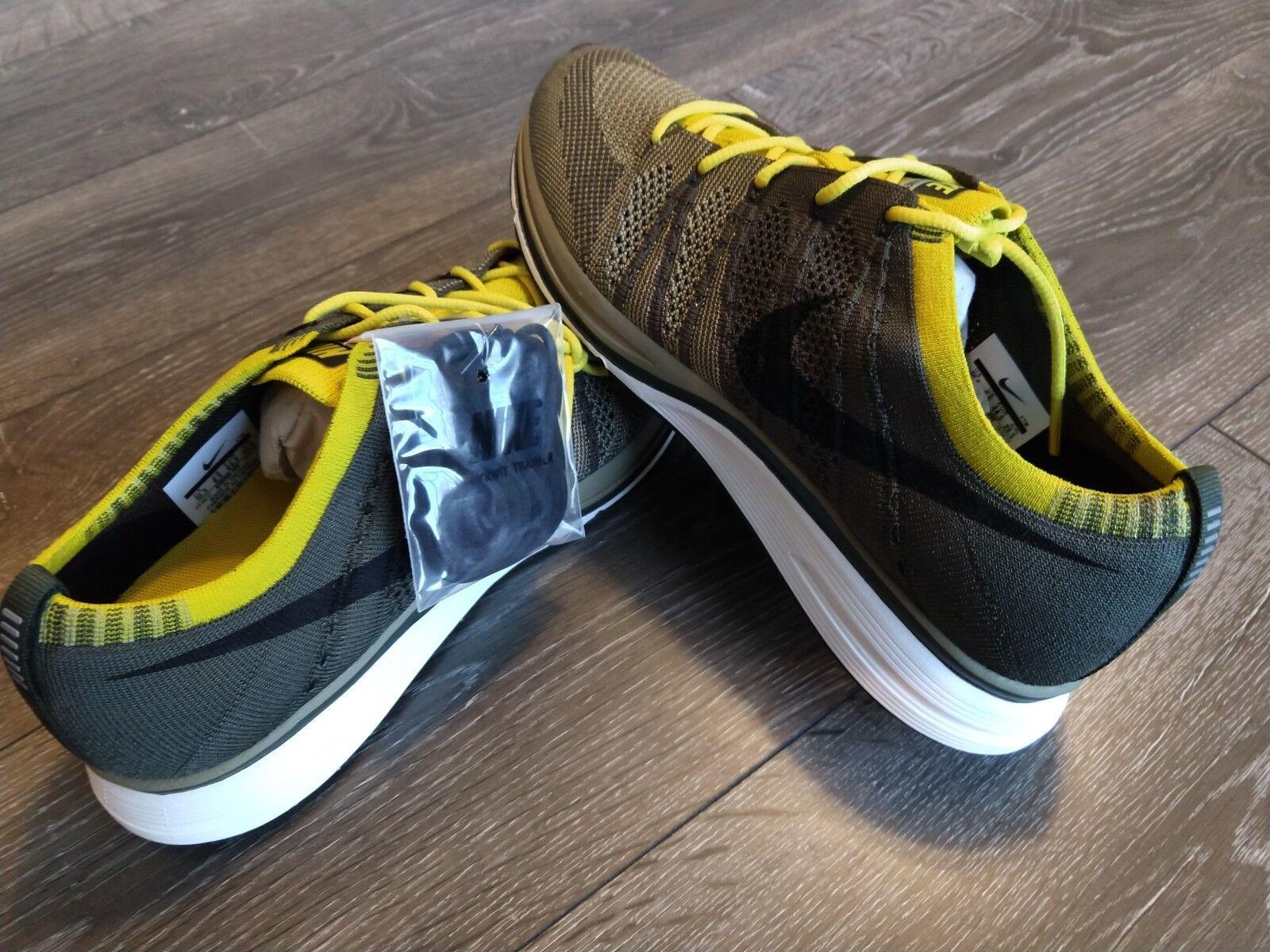 Nike Flyknit Mens Green Yellow SZ 10.5 Running Training shoes AH8396-007 NIB