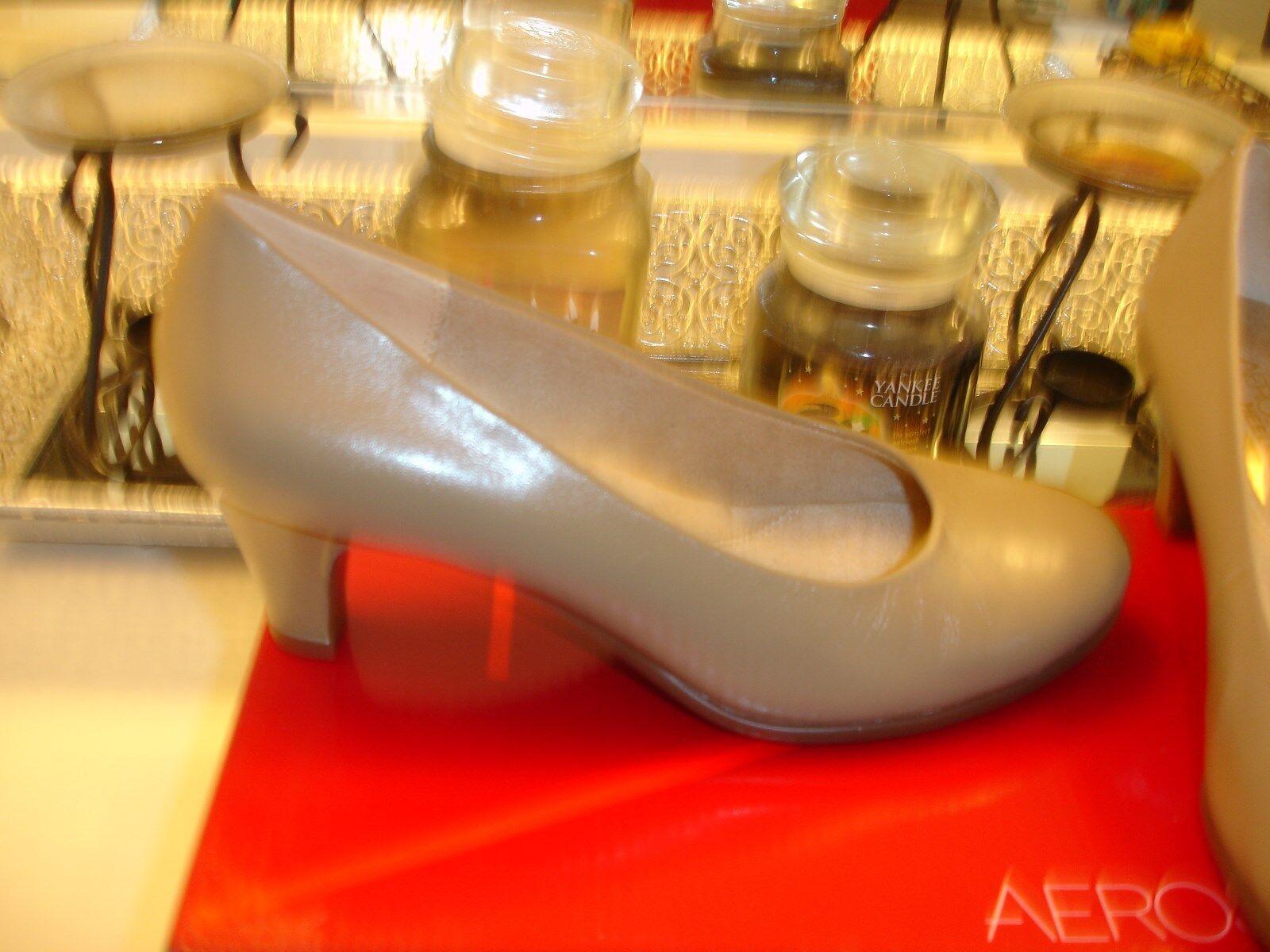 Aerosoles Tan Tan Tan rot Hot Heels Memory Foam Comfort Conservative Taupe 6.5 NWB  89 931c7f