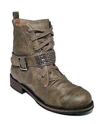 Material Girl Women's Dorado Boot (9.5, Taupe)