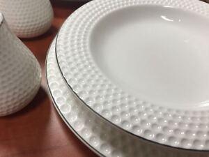 56 teilig tafelservice ess service porzellan set geschirr rund 12 personen wei ebay. Black Bedroom Furniture Sets. Home Design Ideas