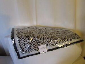 d6d0243ddc7 grand châle étole foulard SYNONYME GEORGES RECH façon léopard ...